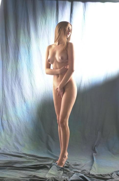 julia-kova-erotika