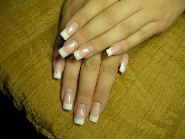 Фото белых нарощенных ногтей