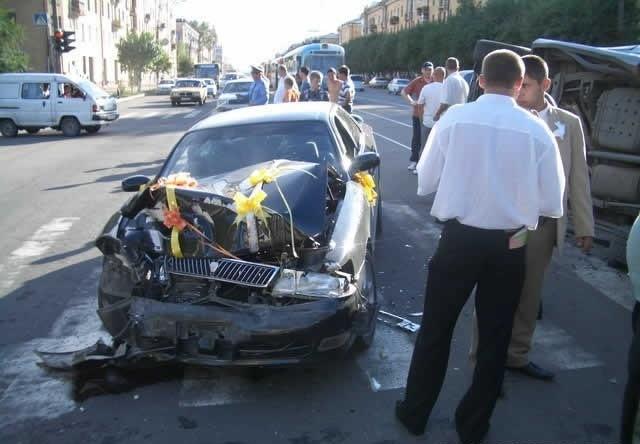 Аварии свадебных машин